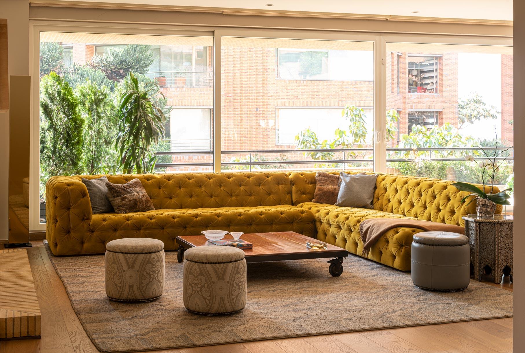 Apartment Terrace, Bogota, Veronica Mishaan