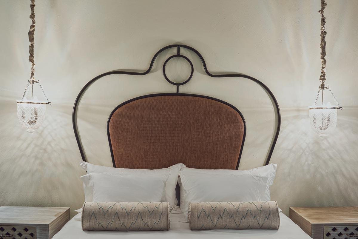Hotel, Veronica Mishaan